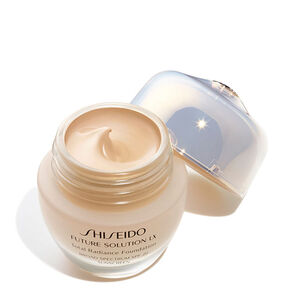 Total Radiance Foundation, 02-Golden3 - Shiseido, Foundation